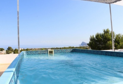 Modern villa with sea views for sale in Port des Torrent_9