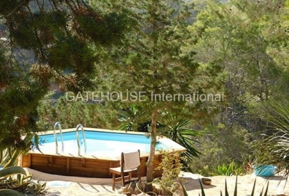 House for sale overlooking Cala Carbo beach_3