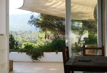 House for sale overlooking Cala Carbo beach_5