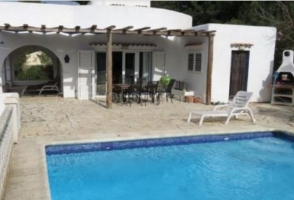 Detached villa for sale in Can Tomas.2