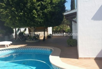 Mediterranean villa with guesthouse for sale in Santa Eularia_1
