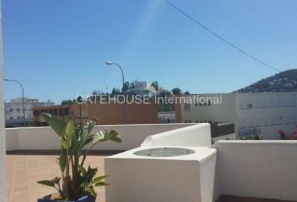 Mediterranean villa with guesthouse for sale in Santa Eularia_4