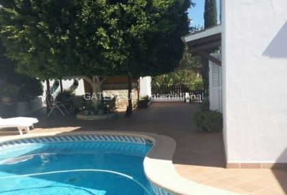 Mediterranean villa with guesthouse for sale in Santa Eularia_5