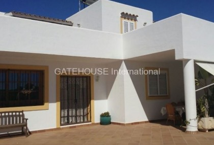 Mediterranean villa with guesthouse for sale in Santa Eularia_7