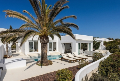 Villa for sale in Cala Codolar with rental license_1