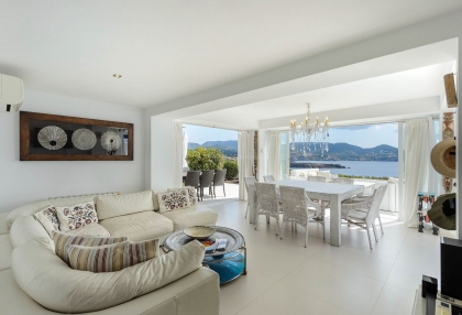 Villa for sale in Cala Codolar with rental license_8