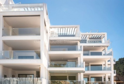 First line apartment for sale in Cala Vadella_2