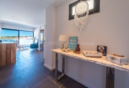 First line apartment for sale in Cala Vadella_6