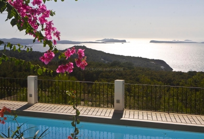 Beautiful home with sea and sunset views in Cala Salada_2