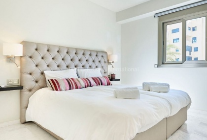 Exclusive luxury apartment for sale in Playe de Bossa_9