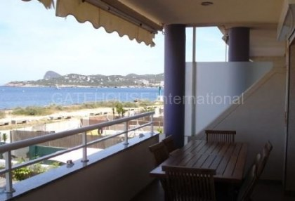 Frontline apartment for sale in Cala Bou_5