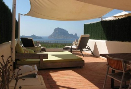 Modern sea view apartment for sale in Cala Carbo_8