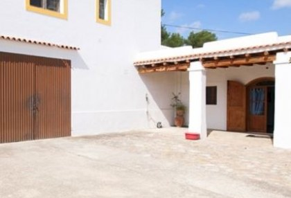 Two hundred year old finca project for sale in Santa Eulalia, Ibiza_4