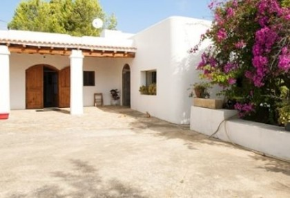Two hundred year old finca project for sale in Santa Eulalia, Ibiza_5