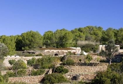 Renovated home for sale in Cala Salada with sea and sunset views_3