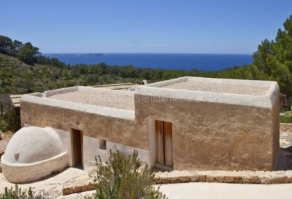 Renovated home for sale in Cala Salada with sea and sunset views_4
