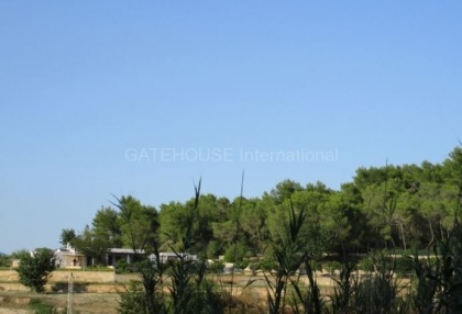 Plot for sale with open mountain views in Santa Eularia_2