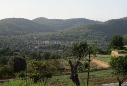 Plot for sale with open mountain views in Santa Eularia_7