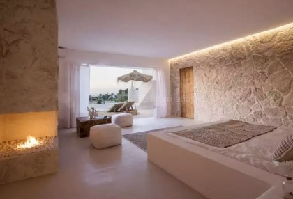 Luxury renovated Ibiza villa for sale in Cala Bassa_13