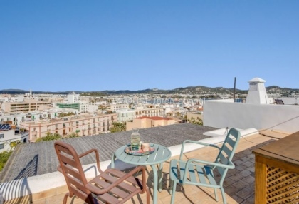 Home for sale in Dalt Vila with stunning views_3
