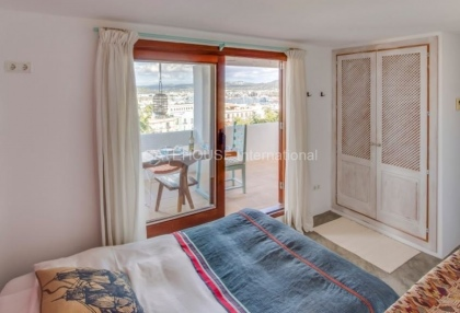 Home for sale in Dalt Vila with stunning views_6