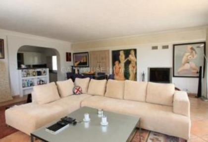 Detached villa for sale with stunning views in Santa Eularia_6