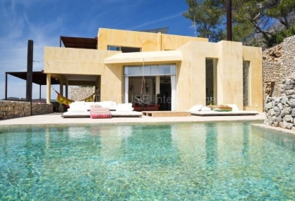 Modern sea view home for sale close to Roca Llisa_1