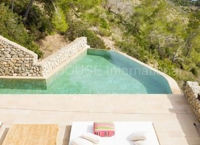 Modern sea view home for sale close to Roca Llisa_3