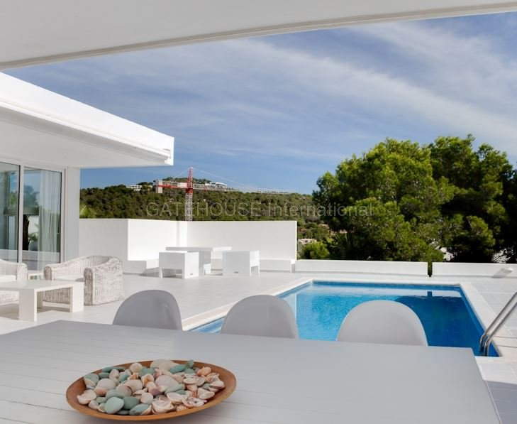Luxury minimalist home for sale in cap martinet ibiza for Minimalist house gallery