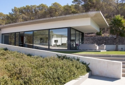 Luxury contemporary villa for sale in Cala Jondal_2