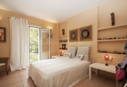 Large four bedroom apartment for sale in Cala Llenya_10