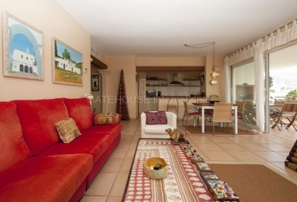 Large four bedroom apartment for sale in Cala Llenya_8