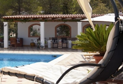 Four bedroom family home for sale in san carlos_5