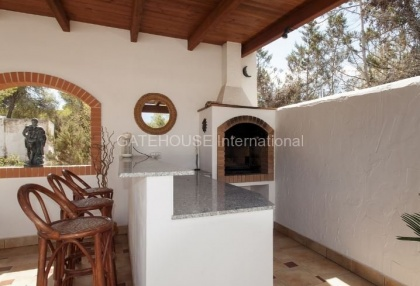 Four bedroom family home for sale in san carlos_6
