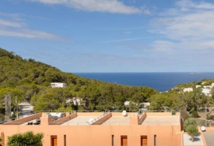 Beautiful apartment close to Cala Carbo_10