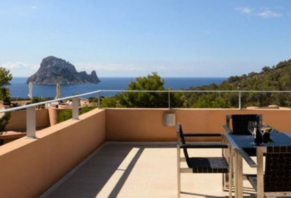 Beautiful apartment close to Cala Carbo_6