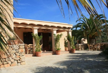 Finca for sale with separate bungalow close to San Jose Village_5
