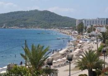 Sea view apartment for sale Playa den bossa Ibiza 8