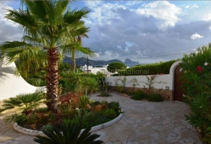 Townhouse with Es Vedra views_12