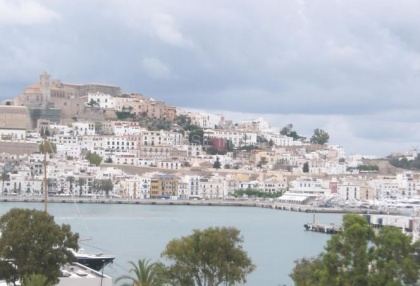 Seafront apartment for sale in Ibiza Town_1