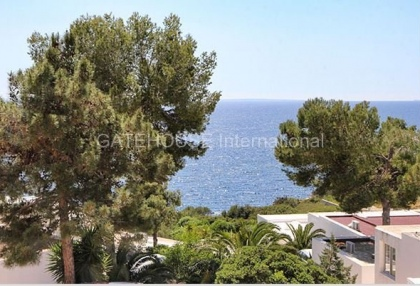 Sea view duplex apartment for sale in Roca Llisa_1