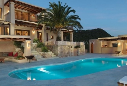 Villa with sea and sunset views for sale in San Agustin_1