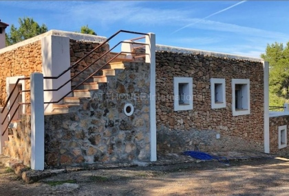 Mountain home for sale in Cala Moli_9