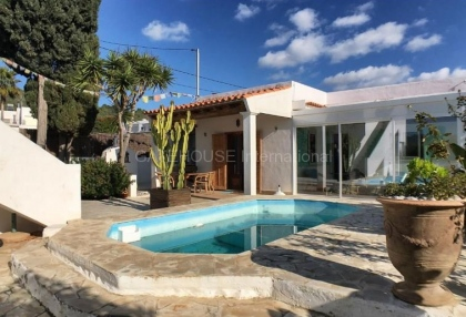 House with guest accommodation in Ibiza Town_2
