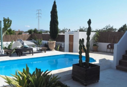House with guest accommodation in Ibiza Town_6