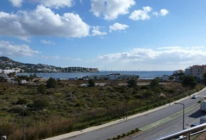 Apartment with views over Talamanca Beach_12