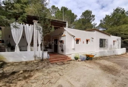Countryside house for sale in San Agustin with separate annexes_5