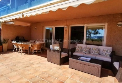 Large marina front apartment for sale_4