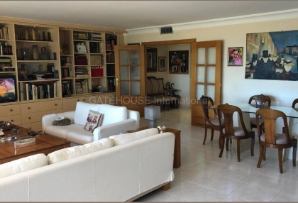Large marina front apartment for sale_6