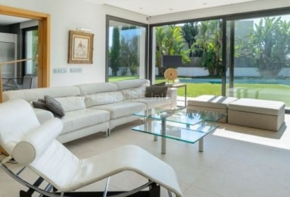 Modern detached home close to Ibiza Town in quiet urbanisation_10